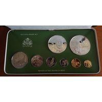 Гайана годовой набор монет 1979 года. 5 и 10 долларов в наборе серебряные. В специальной подарочной коробке + сертификаты! ПРУФ!