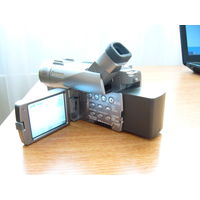 Видеокамера Canon MVX350i