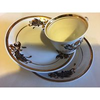 Старая Рига СССР набор чашка кофейная и два блюдца тончайший фарфор