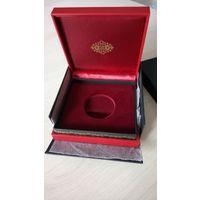 Футляр монеты с ложементом 42 мм, 100х100 мм, крепкий, красный с золотом, в защитной коробке, новый!