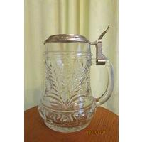 Бокал  Кружка пивная стекло рельефная Дуб желуди Германия 16 см  0.5 л  5ж