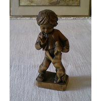 Фигурка деревянная статуэтка
