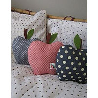 Подушка декоративная Яблоко.