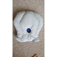 Подушка для путешествий, даром при покупке на 10 руб