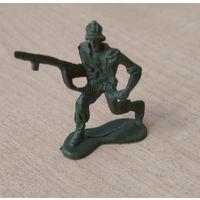 Солдатик с оружием. Возможен обмен