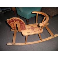 Лошадка-качалка деревянная.Игрушка из СССР.