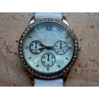 Часы кварцевые LBVYR Dist. Bylpar приобретены в Германии.