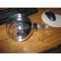 Лампа накаливания  на 750 вт.