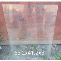 Стекло листовое Размер 532х412. толщина 3 мм Цена: 1 рубль. Находиться по адресу: м-н. Лошица, ул. Прушинских, 29