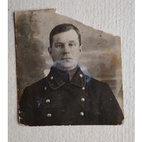 Фото чиновника Российской империи в мундире.  5х6 см.