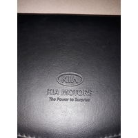 Автопортмоне для сервисной книги KIA.