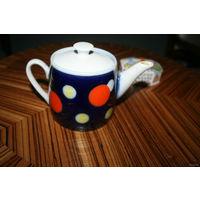 Чайник старый целый для коллекционеров чайников 70 года