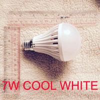 Лампочка светодиодная Е27 холодный белый свет, 7 Вт.
