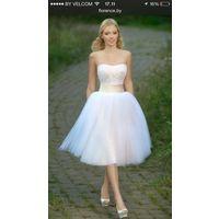 Свадебное платье чудесное и милое!