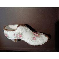 Туфель фарфоровый с позолотой. Англия