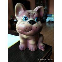 Детская игрушка из резины Бульдог Джеффи.