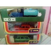 Коллекционные модели автомобилей 1:43