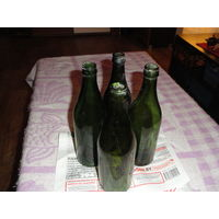 Бутылка зеленая (пивная) 0,5 времен USSR 1 руб. за шт.