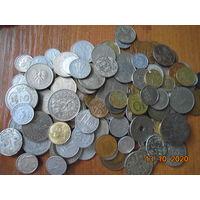 Монеты различных стран, 125 штук целиком лот.