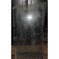 Листовое стекло 688 мм х 388 мм, необходим подрез с одной стороны