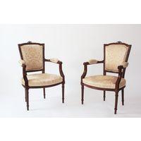 Два кресла из массива классицизм