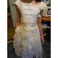 Нарядное платье для девочки на 8-10 лет