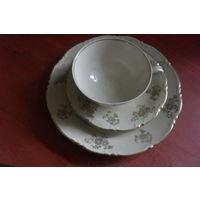 Чашка с блюдцами (трио)