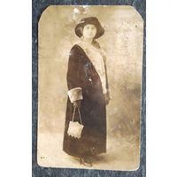 Фото женщины. 1920-е г. 9х14 см.