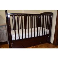 Кровать детская из бука + матрас + наматрасник
