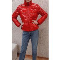 Куртка красная, модная, пуховая
