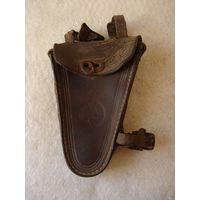 Кожаная кобура (бардачок, велосипедная сумка) для инструмента велосипеда фабрики G.Erenpreis, Riga. Латвия, первая половина прошлого столетия.