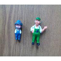 Рекламный персонаж: фигурка заправщик АЗС ARAL (механик, сервисмен VW BEETLE) - Werbefiguren: Vintage ARAL Keychain motor oil Gas Station Service).
