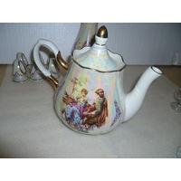 Большой чайник. Фарфор. СССР