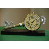 Часы будильник  Слава    ( все работает )