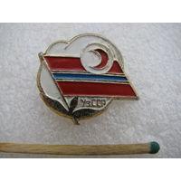 Знак. Узбекская ССР. Красный полумесяц.