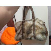 Меховая сумка Bershka