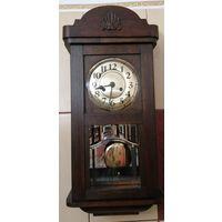 Настенные часы с красивым боем бим-бом. Германия, 20-тые годы прошлого века.