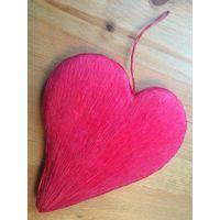Красивое подвесное сердце. Высота 19 см. Обмен не интересует