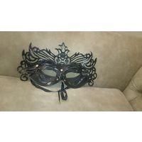 Ажурная карнавальная маска