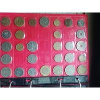 29 монет.