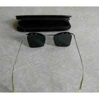 Очки солнцезащитные винтажные.