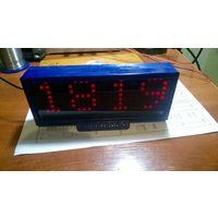 Часы Super Clock