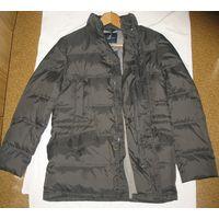 Куртка зимняя мужская Brooksfield' – модный брэнд прет-а-порте, принадлежащий на данный момент компании 'Mistral . Верх куртки-плащевая ткань, на пуху классического покроя, размер М, 48, Замеры : расс