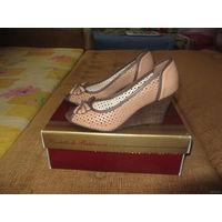 Женские туфли с открытым носком, размер 39