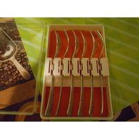 Винтажный набор десертных вилочек МНЦ.