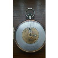 Часы в робочем состоянии