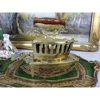 Старинный угольный утюг утюжок латунь бронза  Раритет В коллекцию АРТ 02-151