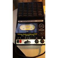 Кассетный магнитофон Спутник 404 редкий СССР