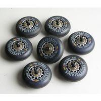 Ролики 72 мм с осями и подшипниками 7 шт. б/у для роликовых коньков