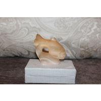 Статуэтка из камня, Рыбка, времён СССР, высота 6,5 см.